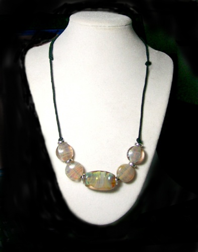 Clio glass necklace